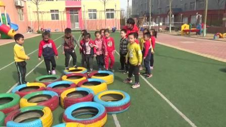 古城街道怡馨苑幼儿园中班游戏好玩的轮胎实录