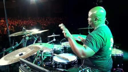 福音鼓手C hris Coleman 单数7、5、3拍的打法