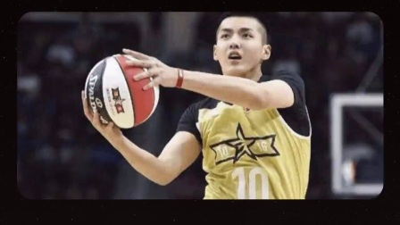 吴亦凡这个当红小鲜肉这是干什么都帅连打篮球都这么酷