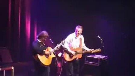 【指弹】Tommy Emmanuel和Doyle Dykes - Avalon