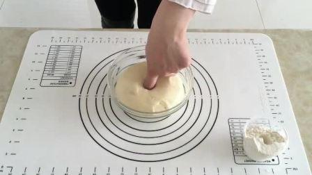 在家做蛋糕的简便方法 学蛋糕师培训学校 壹度可可翻糖蛋糕西点培训