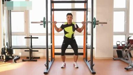 男健身教练 健身教练培训排行榜 怎样考取私人健身教练资格证