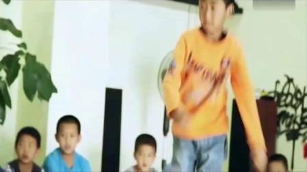 励志微电影《没有伞的孩子》必须努力奔跑-国语高清_2