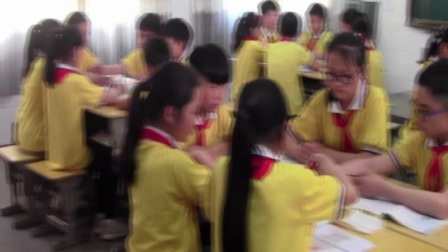 """江西万载畾田小学""""一师一优课 一课一名师六年级""""科学《小苏打和白醋的变化》教师:夏  萍"""