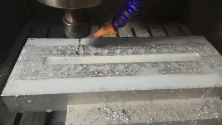 晶研雕刻机-铝模具加工
