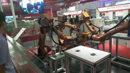 多机器人协调工作技术展示视频