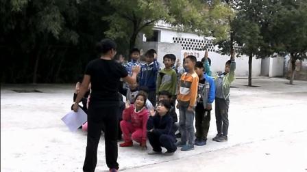 《立定跳远》优质课(人教版体育与健康小学五年级, 毛文娟)