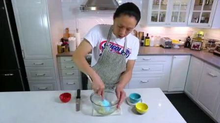 新手做蛋糕 蛋糕上水果摆法和切法 生日蛋糕奶油的做法