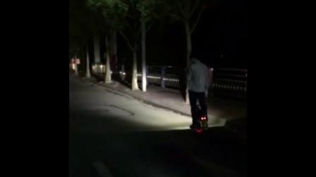 轮子上的风景系列 之 看广州车友怎么浪
