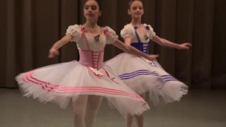 瓦岗诺娃芭蕾舞学校关不住的女儿四人舞