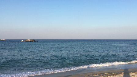 听海的声音来缓解压力