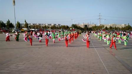 排练第七套健身秧歌―教练 杭薇
