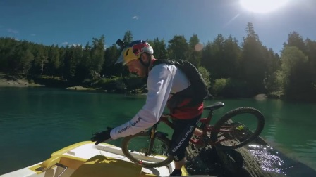 【鎭洋】Danny MacAskill & Claudio Caluori: Home of Trails