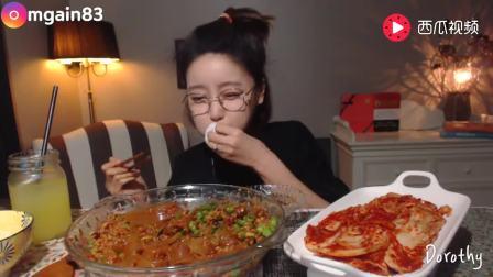 韩国吃播: 大胃王吃自制肉末炒中国宽粉+泡菜, 还有肉末拌饭