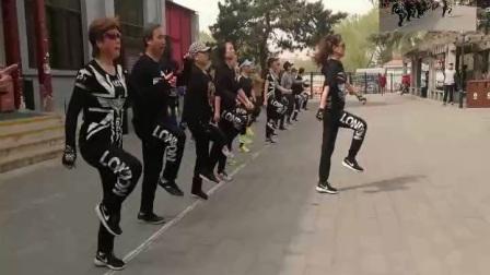 鬼步舞教学基础舞步,鬼步舞视频高清,鬼步舞奔跑分解动作