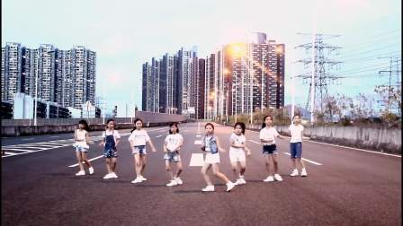 芭蕾娜国际教育-从零学舞蹈天天练舞功-深圳艺术培训舞蹈学校让孩子自信爱跳舞
