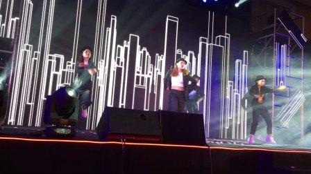 广州鼓舞倾城艺术团 MJ舞蹈