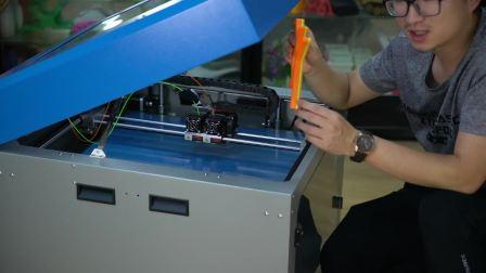 发光字3D打印机介绍