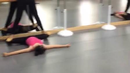 舞蹈艺考生-我是艺考生-河南省星之海舞蹈艺考培训