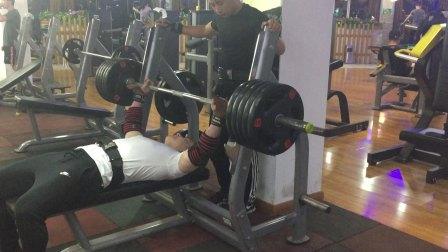 摇头岭车神卧推170公斤 体重78公斤 2018.05.21