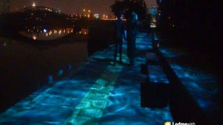 广州朗文光电 工程案例 流光溢彩青色45速度有情侣走过 户外效果灯具 水纹灯