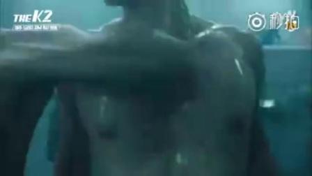 裸体肌肉帅哥澡堂