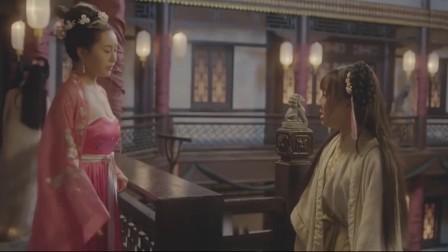 美女使唤刘小唐 搓澡擦背鼻血直流