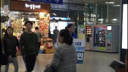 韩国地方选举——候选人是这么拉票的~