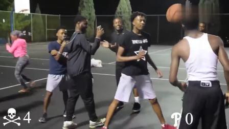 黑人篮球引冲突, 卷毛哥连飙七球秒杀对手, 光头仔不服背后砸球