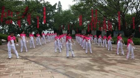 雪之舞重庆大足龙水福源健身操分队翻拍雪十一第六节