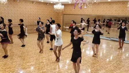 沈阳成人拉丁舞培训飞舞天达舞蹈学校课堂练习恰恰1806042