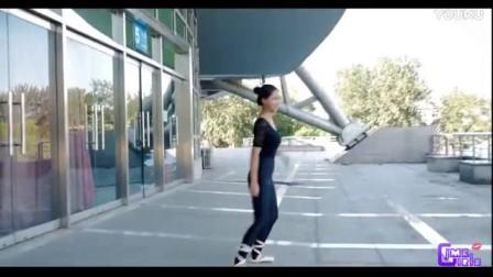 我在【健美裤女孩】天台芭蕾  美女健美裤芭蕾舞写真截了一段小视频