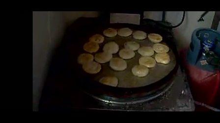 正宗千层饼的做法视频-千层饼培训