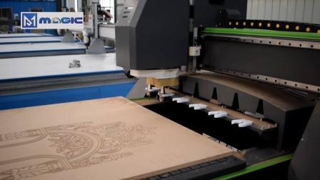 木工开料机,厂家直销雕刻机,直排换刀木工加工机械,加工视频