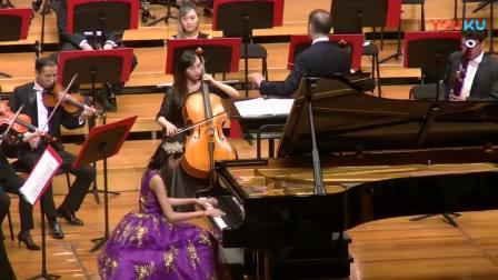 11岁的周梓霖与武汉爱乐乐团合作演奏巴赫F小调1056钢琴协奏曲