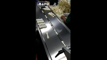刀叉包装机,勺子包装机,餐具刀叉包装机,一次性用品包装机