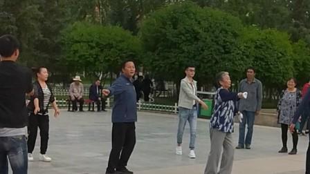 藏族锅庄魅力无穷
