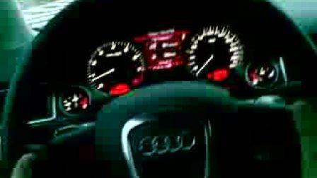 Audi S8 加速