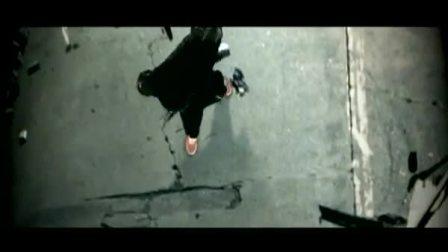 [宁博]Eminem连同Lil Wayne超赞单曲Drop The World正式版MV