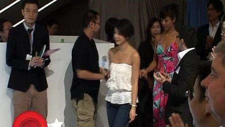 杨采妮化身美女设计师 《圣诞玫瑰》年底开拍