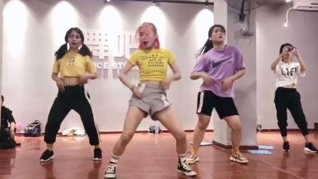 深圳龙华谭罗新村专业舞蹈培训学校