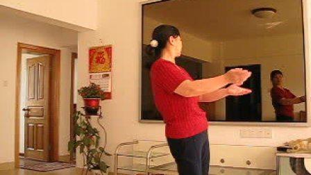 广场健身舞学跳印度舞
