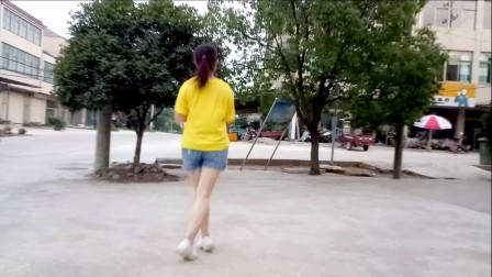 红豆广场舞 红领巾金社鬼步舞《我的快乐就是想你》编舞:笑春风