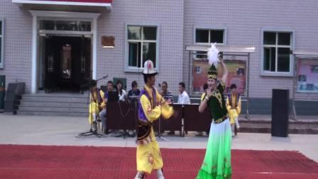 新疆柯尔克孜族舞蹈一
