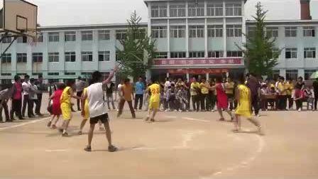 丹东市曙光职专篮球赛2010级焊接VS2011级汽车(上)