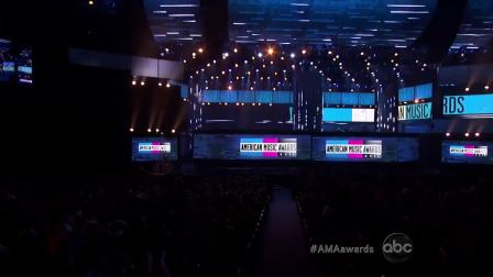 【猴姆独家】Maroon 5乐队联手Christina激情献唱冠单Moves Like Jagger