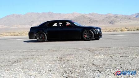 大块头肌肉车发力 克莱斯勒300C VS Modded GTR