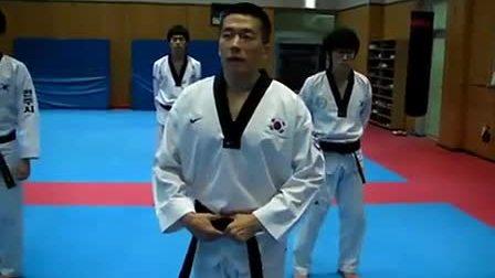 【侯韧杰  TKD  教学篇】之 步法教学方法(1)