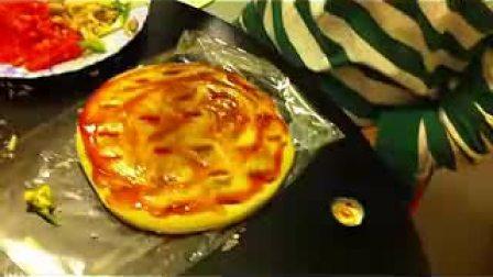 自制比萨饼...... Homemade Pizza..