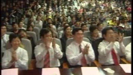 曹县人民医院副主任医师白松涛演唱《不能这样活》,献给全县人民_2